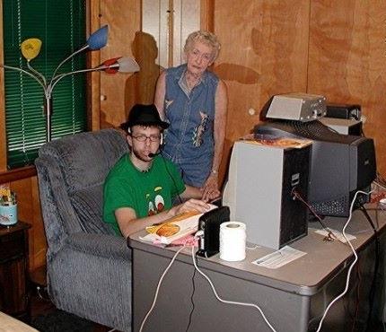 Nerd con la nonna